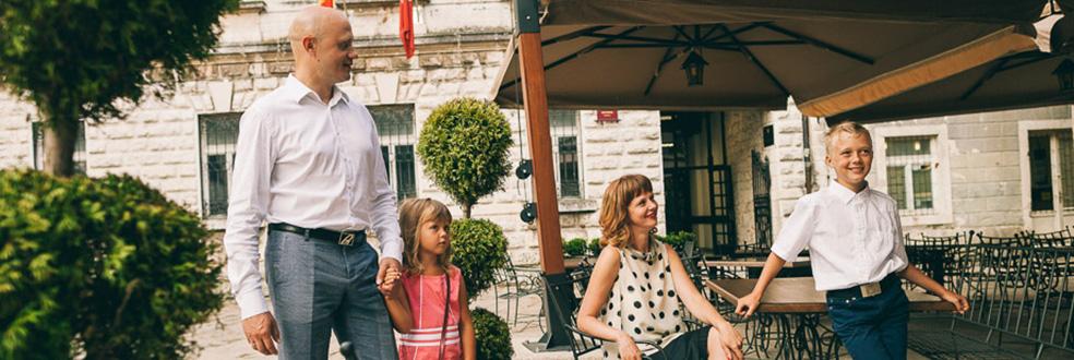семейная фотосессия в Черногории, Италии, Словении